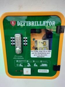 Defibrillator at Church Car Park The Rise